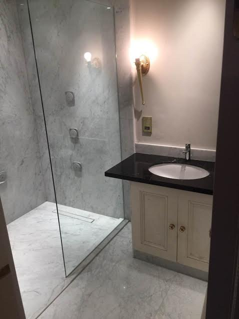 Bathrooms Wet Rooms Vanity Units Inovastones Slough Uk
