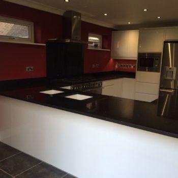black-kitchen-worktops