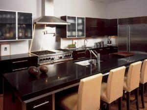august_modern-kitchen-dark-countertop_4x3-jpg-rend-hgtvcom-1280-960
