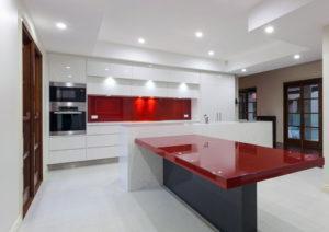 White Kitchen Red Splashback pros and cons for stone splashbacks | inovastone