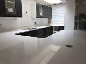 White Kitchen Quartz Worktops